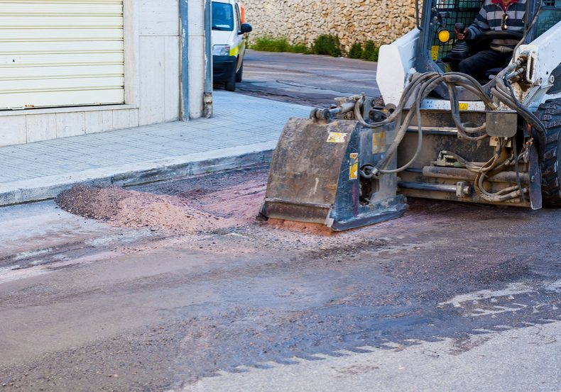asphalt canstockphoto65593976